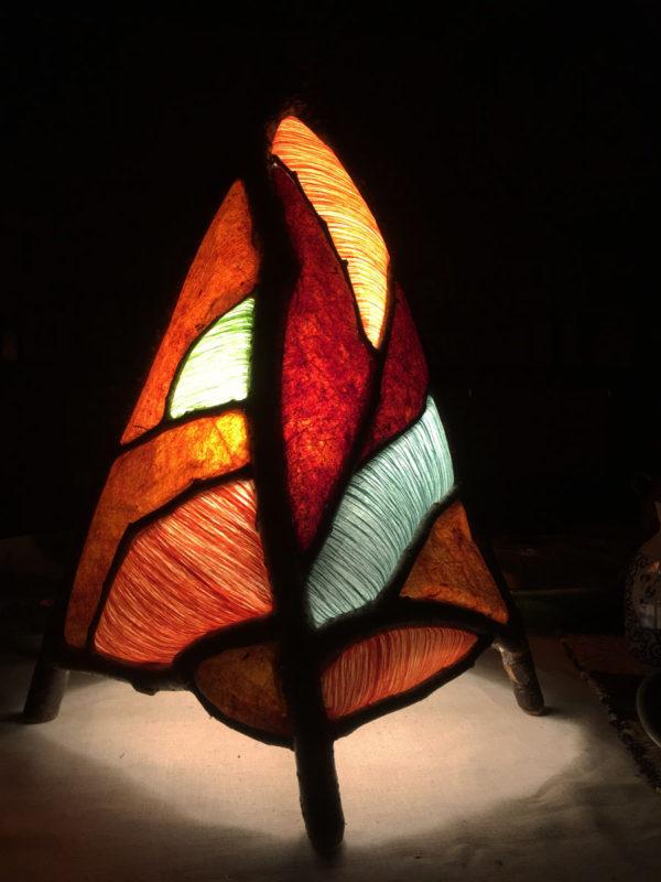 桜の照明:柿渋紙と揉み和紙